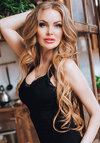 Gorgeous women pictures: young Ukraine girl Nataliya from Kharkov